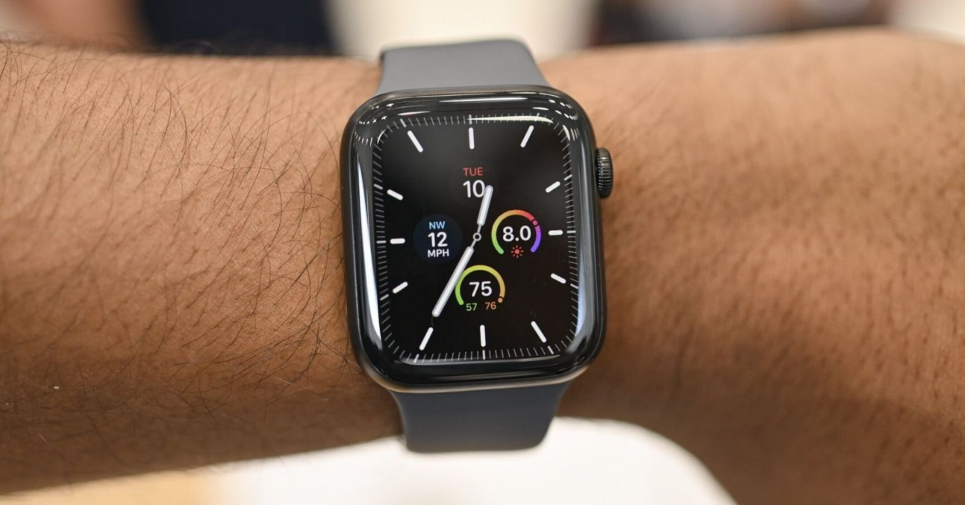 10 Best Bands for Space Grey Apple Watch In 2020